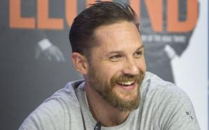 El actor Tom Hardy captura al ladrón de una motocicleta en Londres