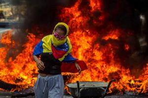 Protestas en Venezuela dejan 26 muertos y 437 heridos, confirma la Fiscalía