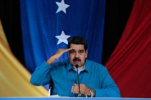 Maduro aumenta un 60 % el salario mínimo mensual en Venezuela