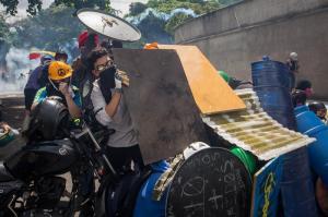 Periodistas agredidos y robados durante la marcha opositora en Caracas