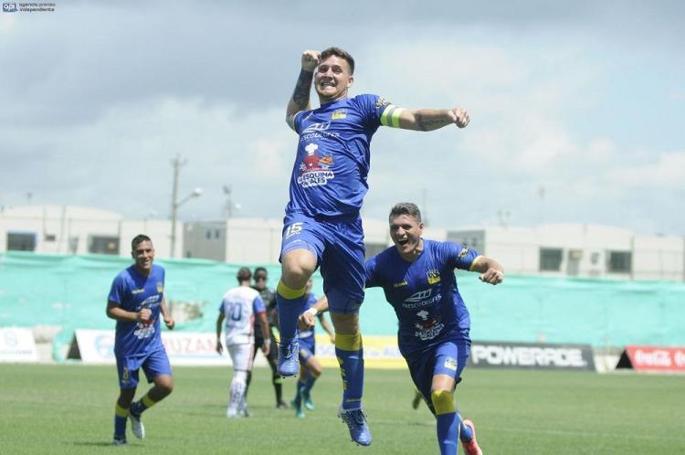 Serie A: Delfín SC recuperó el liderato del torneo tras vencer a Clan Juvenil