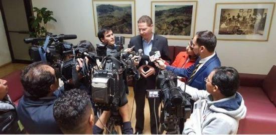Municipio de Quito frena intento de alcalde por analizar crisis de Venezuela
