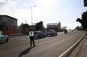 Accidente de tránsito en la vía Puerto-Aeropuerto deja tres heridos