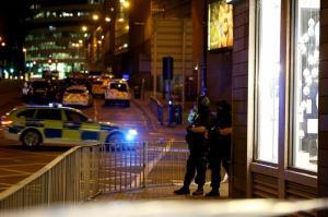 Al menos 19 muertos y 50 heridos en las explosiones del Manchester Arena