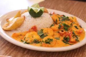 Ecuador gana concurso de gastronomía en China gracias al camarón