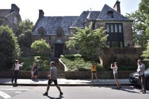 FOTOS: Los Obama compran una casa en 8,1 millones de dólares