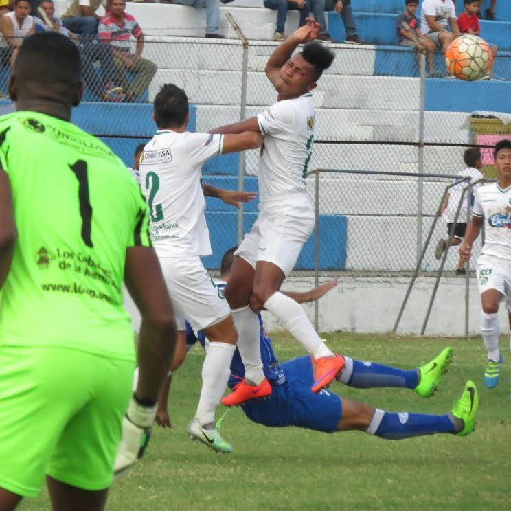 Liga de Portoviejo vence 1-0 a Santa Rita