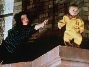Se suicida uno de los gemelos que interpretó al bebé de 'Cazafantasmas 2'