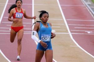 La atleta ecuatoriana Ángela Tenorio logra oro en los 100 metros lisos