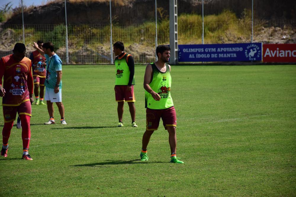Delfín en una de sus últimas prácticas previo al cotejo del domingo ante Barcelona SC