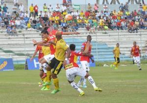 Fuerza Amarilla y Deportivo Cuenca sin goles en el inicio de la jornada
