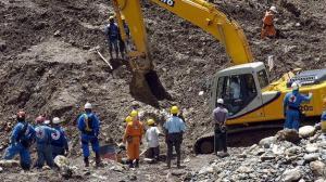 Al menos un muerto, 2 heridos y 18 atrapados en explosión de mina en Colombia