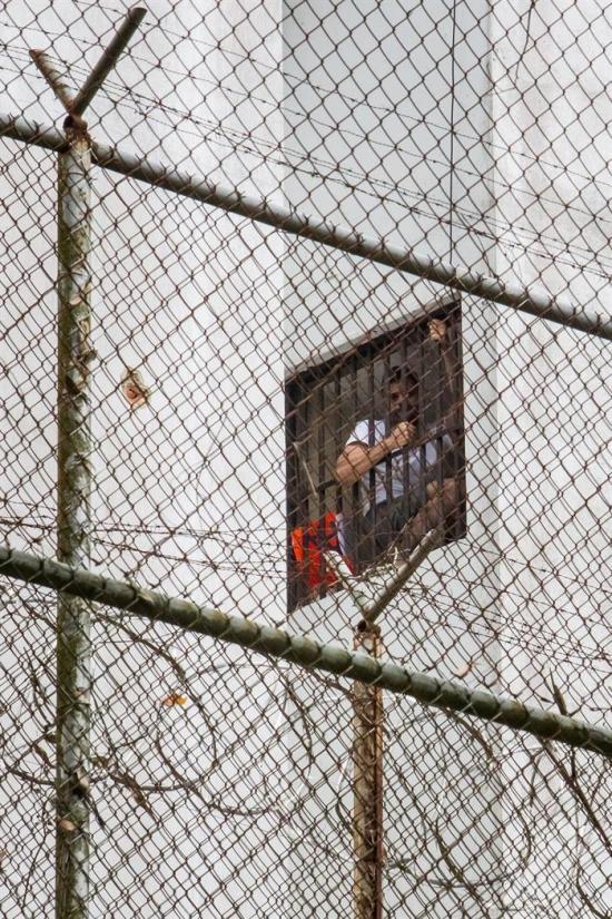 Leopoldo López grita 'me están torturando' desde adentro de cárcel venezolana