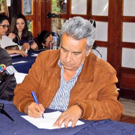 Moreno concede indulto a seis dirigentes indígenas detenidos en protestas