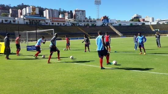 Colón FC cae 2-0 ante el América de Quito en el Atahualpa