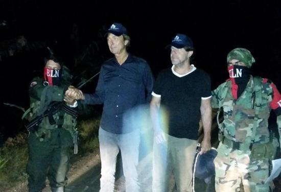Los dos periodistas holandeses liberados por el ELN están bien de salud