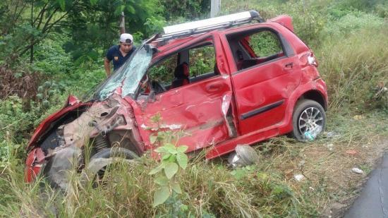 Accidente de tránsito en la vía Manta-Rocafuerte deja cinco heridos