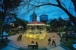 La capital manabita celebra 193 años de cantonización