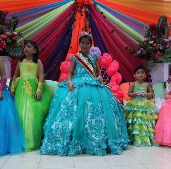 Proclaman a la nueva Niña Reina de Montecristi