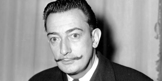 Ordenan exhumar cadáver de pintor español Dalí por una demanda de paternidad
