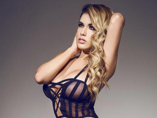 Chantel Zales es la bomba sexy de gran talento y que  cautiva en las redes