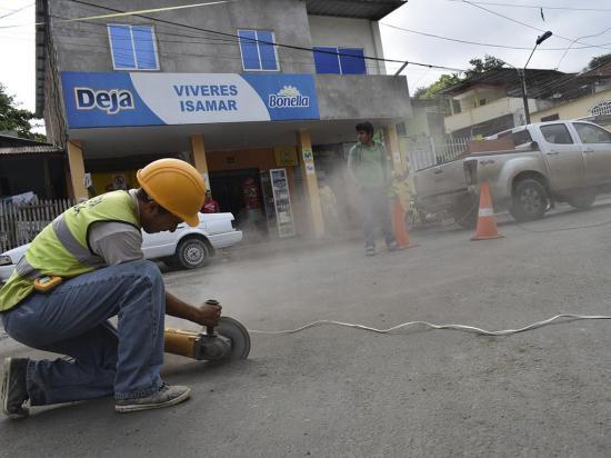 Realizan obras para captar las aguas lluvias en el sector El Puño, en Portoviejo