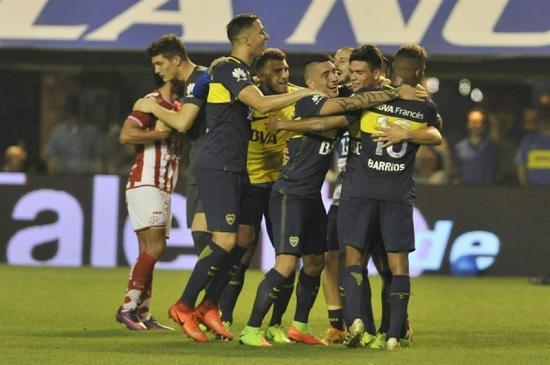 Boca celebró su título con una victoria ante Unión