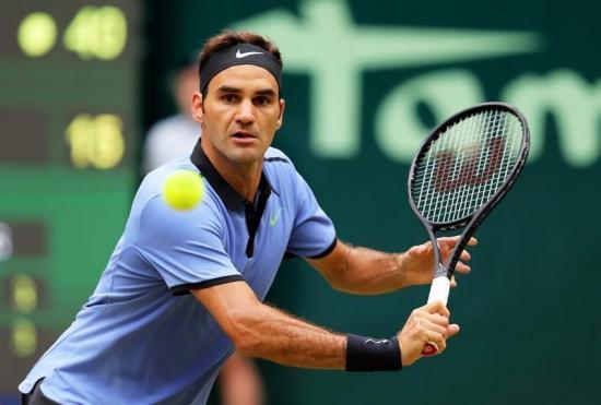 Federer logra su noveno título en Halle y enfila Wimbledon en forma