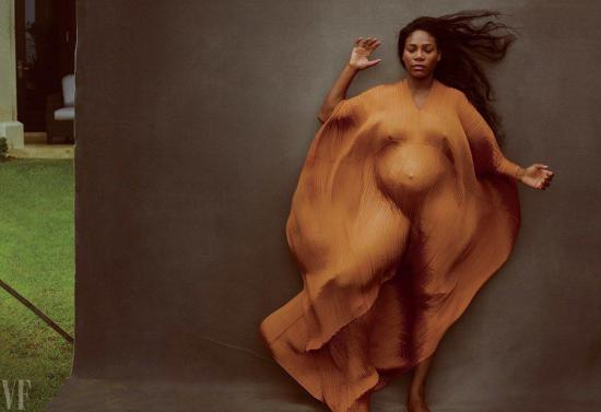 Serena Williams presume su embarazo en la portada de Vanity Fair