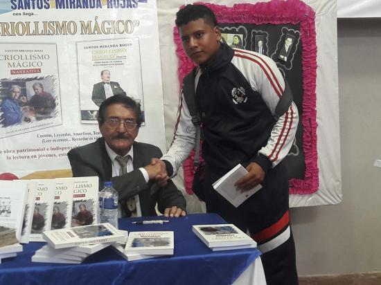Presentan el libro 'Criollismo mágico'