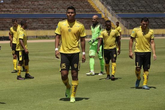 Un diezmado Fuerza Amarilla enfrenta hoy a Independiente Santa Fe