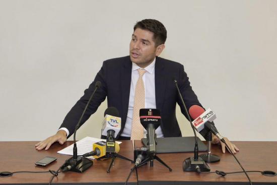 Asambleísta Mariano Zambrano alquilaba la suite del excontralor Carlos Pólit