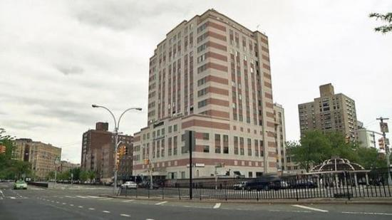 Al menos un muerto y varios heridos por disparos en hospital de Nueva York