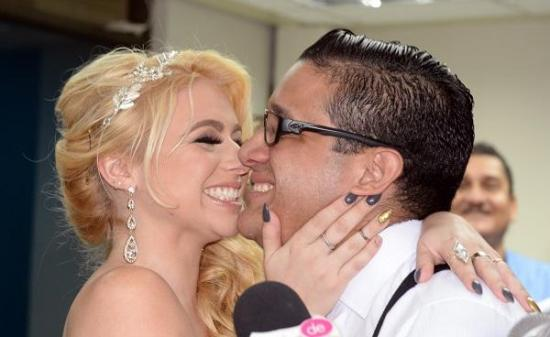 Carlos José Matamoros y 'La Gringa' atraviesan una crisis matrimonial