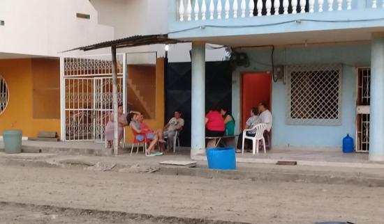 Cinco personas heridas en Manabí tras sismo de 6.3 grados de magnitud, según el ECU 911