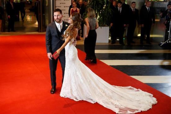 Messi y Roccuzzo se casaron en su Rosario natal ante unos 260 invitados