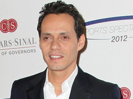 ¡Marc Anthony las enamora!