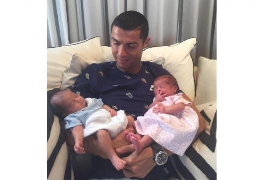 DT de Portugal liberó a Cristiano Ronaldo porque el nacimiento de los hijos 'es muy importante'