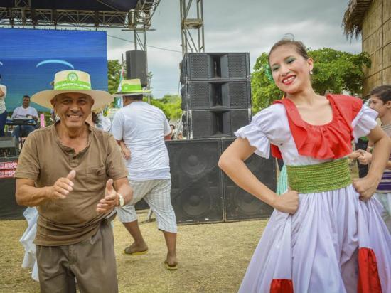 """Con festival """"Soy de Manabí"""" se cierra hoy el Mes del Manabitismo"""