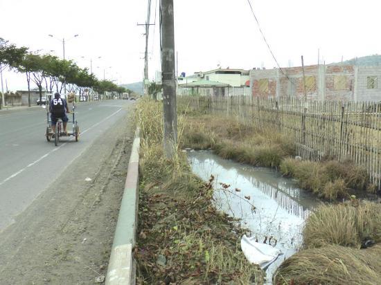 Elaboran estudios de agua y alcantarillado para ciudadelas del norte