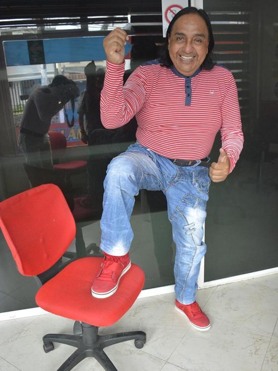 Henrry Parra sigue de moda