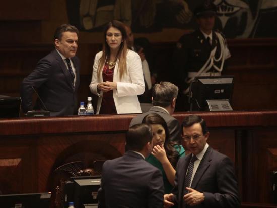 Pólit se defendió en un documento leído en el juicio político