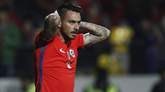 Roban 1,8 millones de dólares en joyas al futbolista chileno Mauricio Pinilla