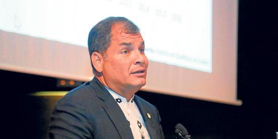 El expresidente Rafael Correa se va del país  el 10 de julio