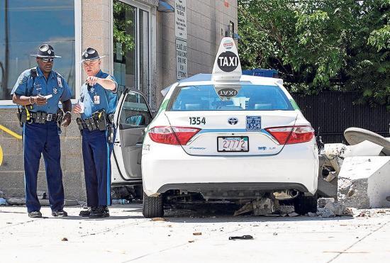 """La Policía trata como """"accidente"""" el atropello que dejó 10 heridos"""