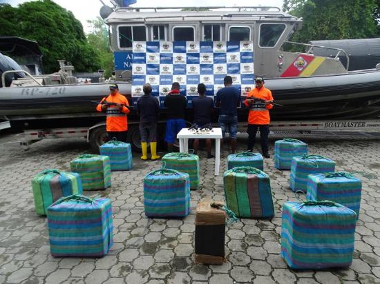 Dos ecuatorianos son detenidos en Colombia con 500 kilos de cocaína