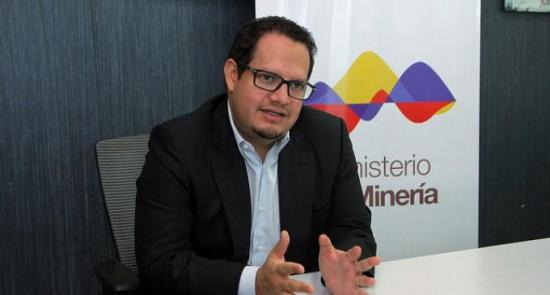 Ministro ecuatoriano exhorta a involucrar a todos los sectores en la minería