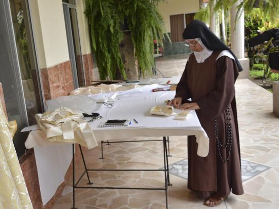Inicia novena en monasterio