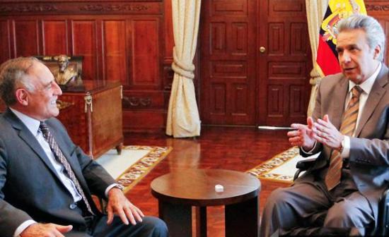 Presidente continúa con diálogos y se reúne con más actores políticos