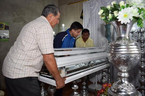 Piden justicia por la muerte de Lorenita